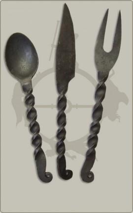 Essbesteck: Messer, Gabel, Löffel