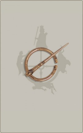 Bronzene Ringfibel, klein